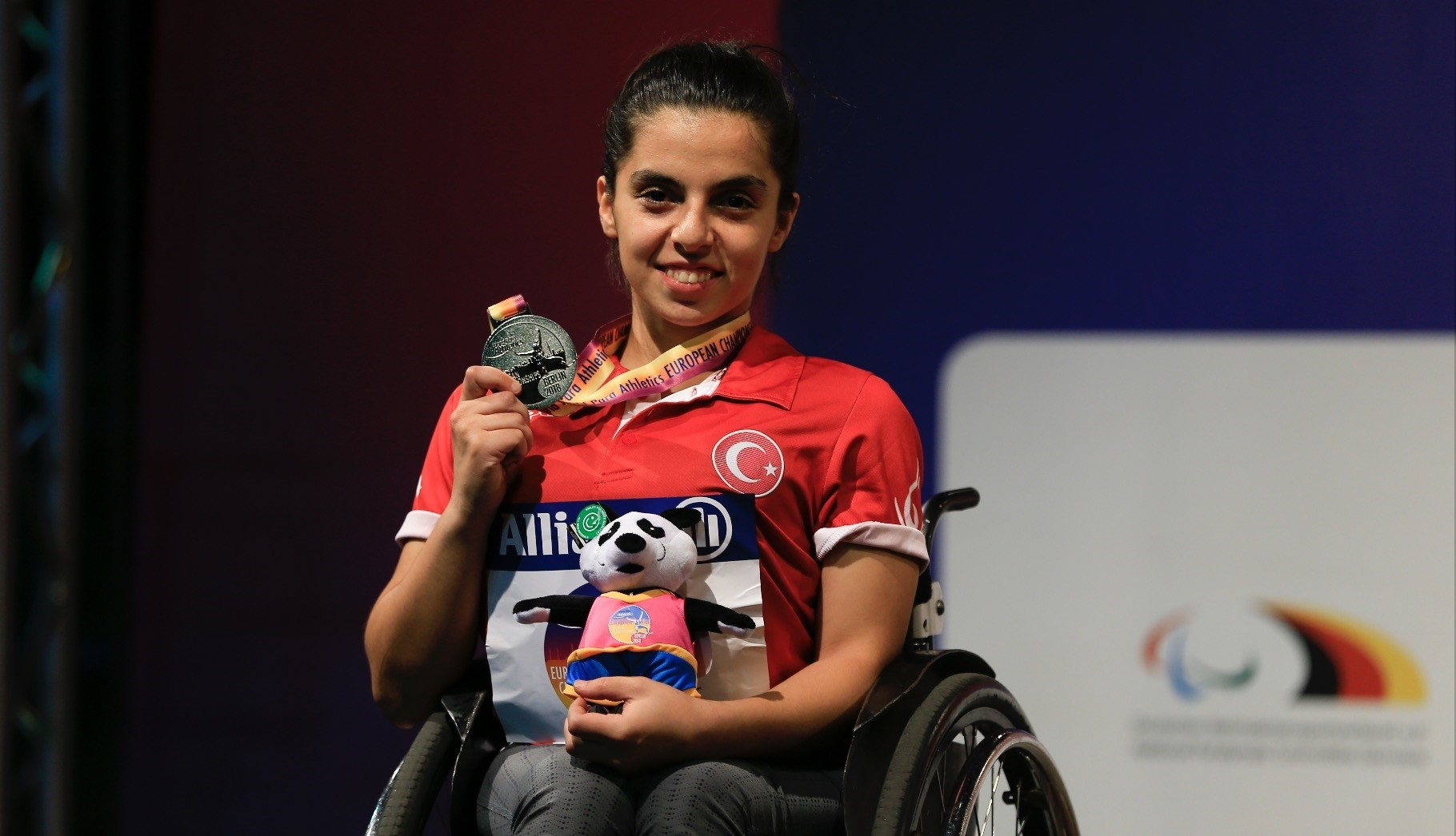 Hamide Kurt claimed the gold medal in the womenu2019s 400-meter wheelchair race.