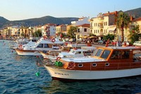 Foça explored: Old Aegean town thrives once again