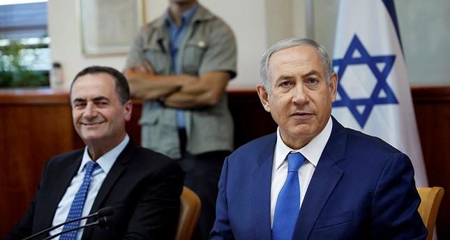 إسرائيل كاتس وزير المخابرات الإسرائيلي يسار