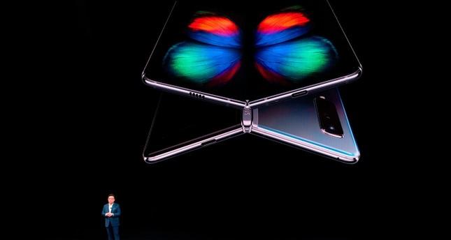 Samsung bringt klappbares Smartphone heraus