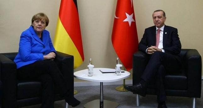 ميركل تؤكد لأردوغان أهمية قوة الاقتصاد التركي بالنسبة لألمانيا
