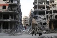 Syrians flee violence as regime seizes quarter of eastern Ghouta