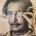 Verstorbener Salvador Dalí zurück in seiner Ruhestätte