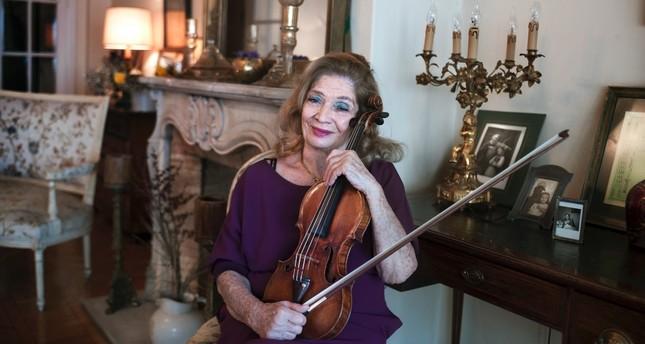 Violin virtuoso Ayla Erduran