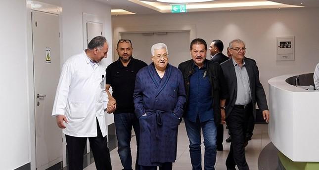 الرئيس الفلسطيني محمود عباس غادر المستشفى
