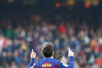 Messi ends scoreless run with 4 goals against Eibar