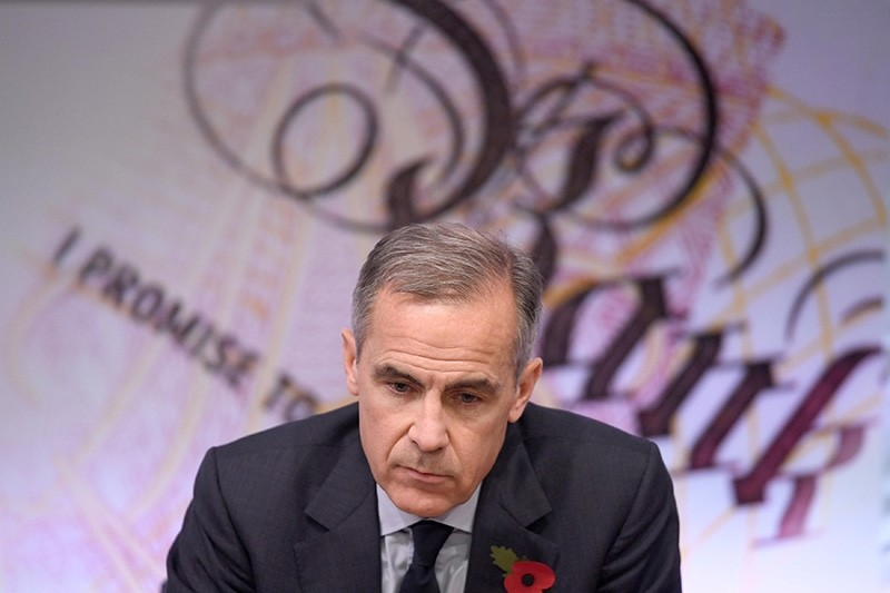Mark Carney, the governor of the Bank of England, delivers the Bank's quarterly Inflation Report, at the Bank of England, in the City of London, Britain November 2, 2017. (Reuters Photo)