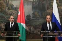 وزير الخارجية الروسي، سيرغي لافروف في مؤتمر صحفي مشترك مع نظيره الأردني أيمن الصفدي في موسكو رويترز