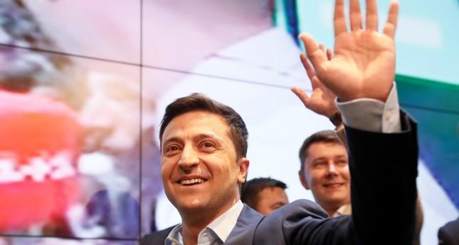 Wahl in Ukraine: Erdrutschsieg für Komiker Selenskyj