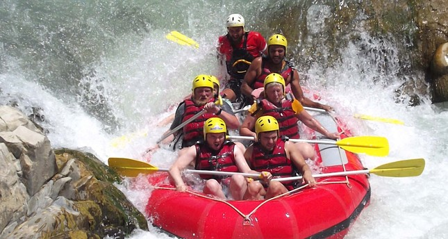 Exciting rafting on Dalaman River draws tourists