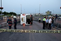 10 injured as metrobus overturns in Istanbul's Cevizlibağ district