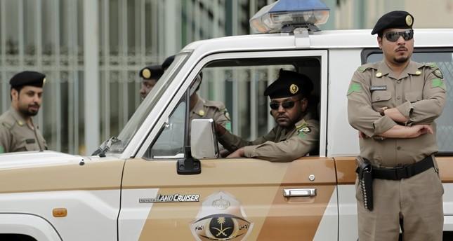 السعودية تقبض على 46 مرتبطين بخلية حاولت استهداف المسجد النبوي