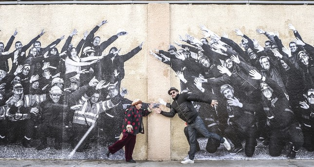 "Istanbul Modern Cinema will screen ""Faces Places"" by French director Agnes Varda in collaboration with street artists and photographer JR for women on International Women's Day."
