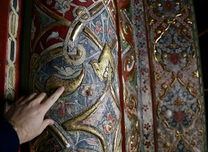 Restorations reveal 500-year-old handiwork in Rumi's tomb in Konya
