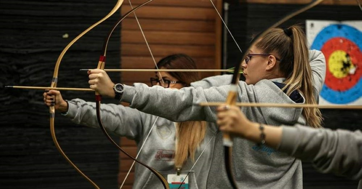 Turkish youth are highly interested in learning traditional archery. (AA Photo)