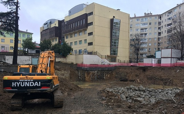 High school construction site, where the 2,000-year-old sarcophagus was found in Istanbul's Acıbadem neighborhood (IHA Photo)