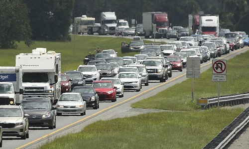 Traffic rolls at a crawl on the northbound lanes of Florida's Turnpike near the intersection of I-75 in Wildwood, Fla. on Friday, Sept. 8, 2017 (AP Photo)