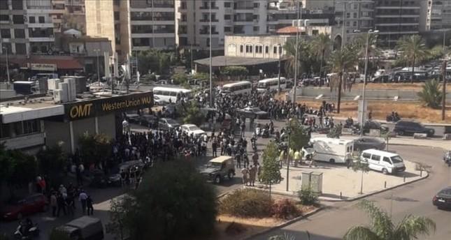 5 قتلى و20  جريح بإطلاق نار في مظاهرة في بيروت