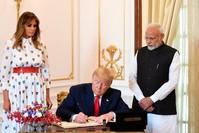 ترامب في زيارته للهند الفرنسية