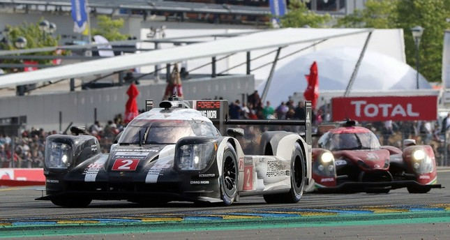 Porsche Team in a Porsche 919 Hybrid with Romain Dumas of France, Neel Jani of Switzerland and Marc Lieb of Germany takes part of Le Mans 24 Hours race in Le Mans, France, 18 June 2016.emEPA Photo/em