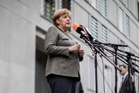 Vor der entscheidenden Schlussrunde der Sondierungsgespräche über eine Jamaika-Koalition hat Bundeskanzlerin Angela Merkel (CDU) an die Bereitschaft aller Parteien appelliert, sich auch für...