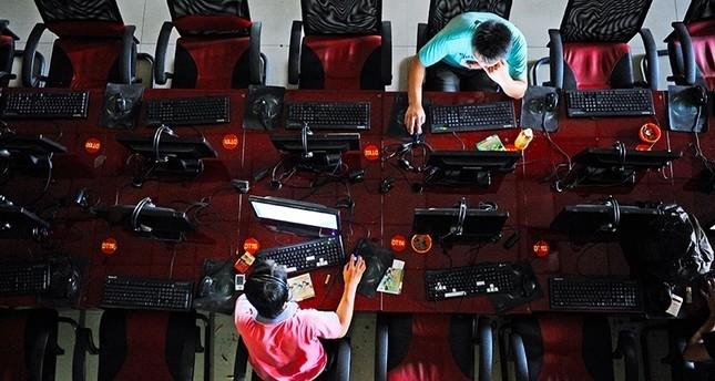الصين تحظر التعليقات بدون اسم معروف على الإنترنت ومواقع التواصل