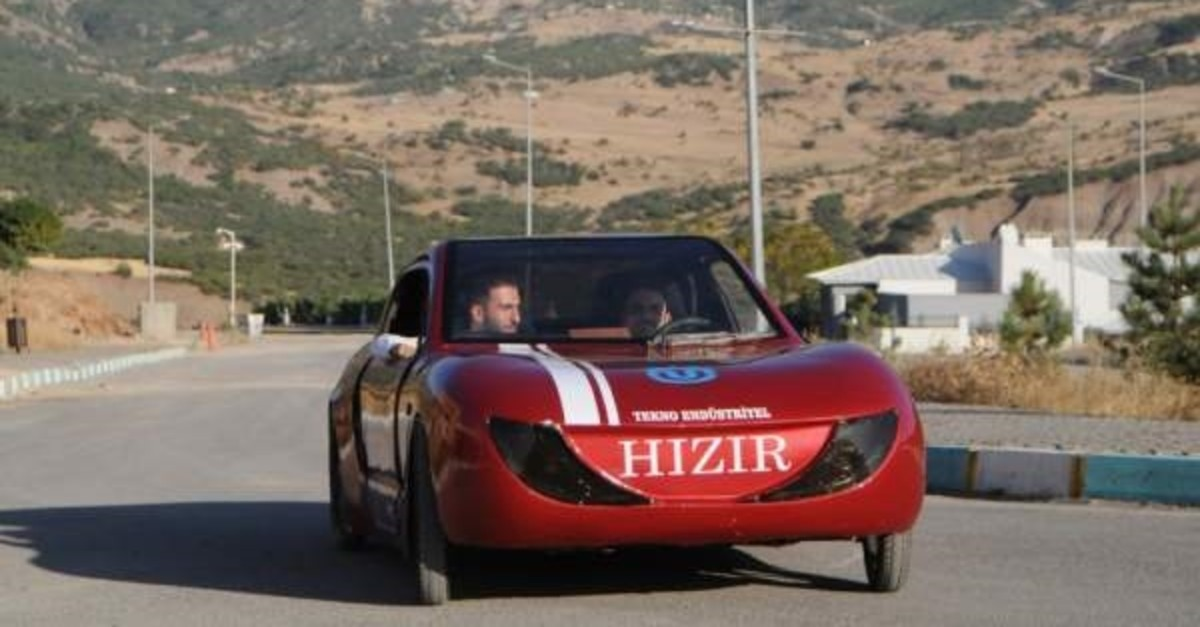 Students in Tunceli test driving H?z?r, Turkey's most eco-friendly automobile. (DHA Photo)