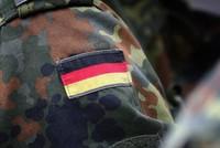 Der Militärische Abschirmdienst (MAD) ermittelt einem Bericht zufolge aktuell in 431 rechtsextremen Verdachtsfällen bei der Bundeswehr. Das geht aus einer Antwort des Verteidigungsministeriums auf...