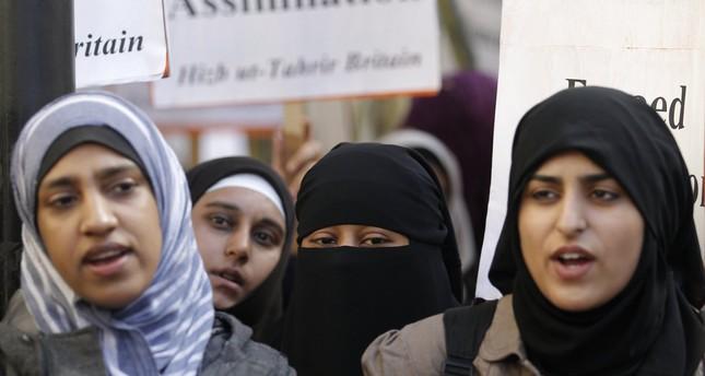 Islam In Norway: France's 'burqa Ban' Violates Human Rights, UN Says