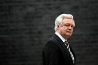 Brexit-Minister David Davis tritt im Streit zurück
