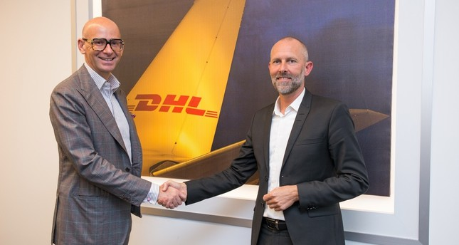 DHL Express Europe CEO Alberto Nobis (L) and DHL Turkey CEO Claus Lassen.