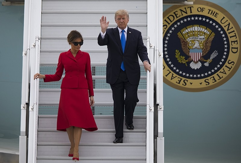 U.S. President Donald J. Trump (R) and his wife Melania disembark Air Force One at Orly airport in Orly, near Paris, France, 13 July 2017 (EPA Photo)