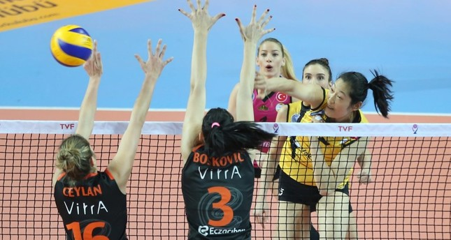 The competition between Eczacıbaşı VitrA and crosstown archrivals Vakıfbank will continue in the 2017 FIVB Volleyball Women's Club World Championship.