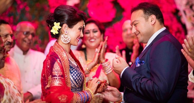 Around 10,000 Indian wedding ceremonies with a total value between $1 billion and $20 billion are held abroad each year