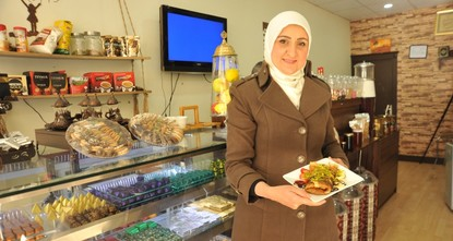 Syrian refugee woman realizes dream of opening 'chocolate house' in Turkey