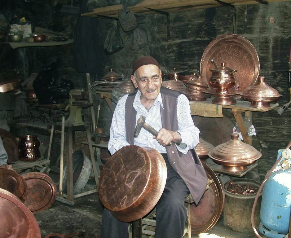 Bedih Yoluk was known as Kazancu0131 Bedih because of his profession of boilersmith (kazancu0131). But the name stuck when he gained nationwide popularity in the 1990s.