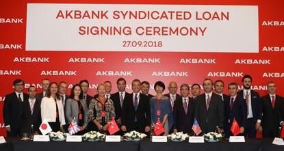 Akbank's syndicate loan boosts BIST, Turkish lira