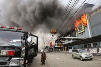 Nach dem Brand in einem Einkaufszentrum auf den Philippinen haben Suchmannschaften die Leichen von 36 Opfern gefunden. Damit stieg die Zahl der Toten nach dem Brand in der NCCC Mall in der Stadt...