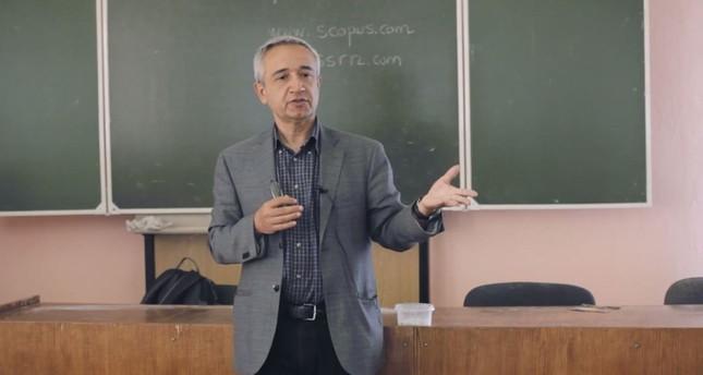Photo shows Professor Ramazan Gençay. (IHA Photo)