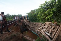 Bridge collapse sends train plunging into canal in northern Bangladesh, killing 4