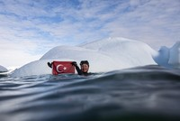 Turkish diver takes second dip in Antarctica