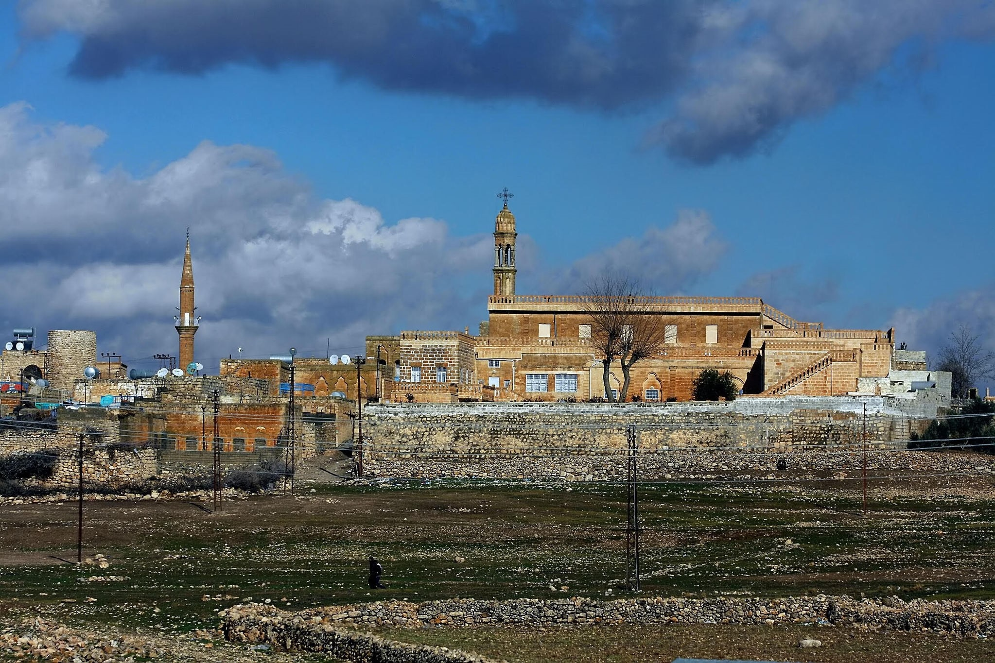 Mardin is one of Turkeyu2019s most unique and historic places to visit thanks to the harmony of the city, emanating from the positive bonds shared by different religions.