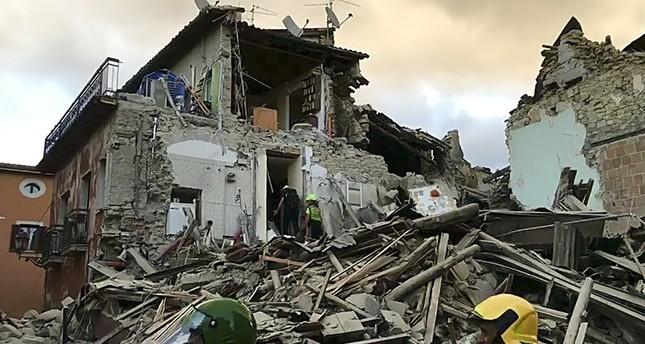 زلزال بقوة 6.2 يضرب وسط إيطاليا