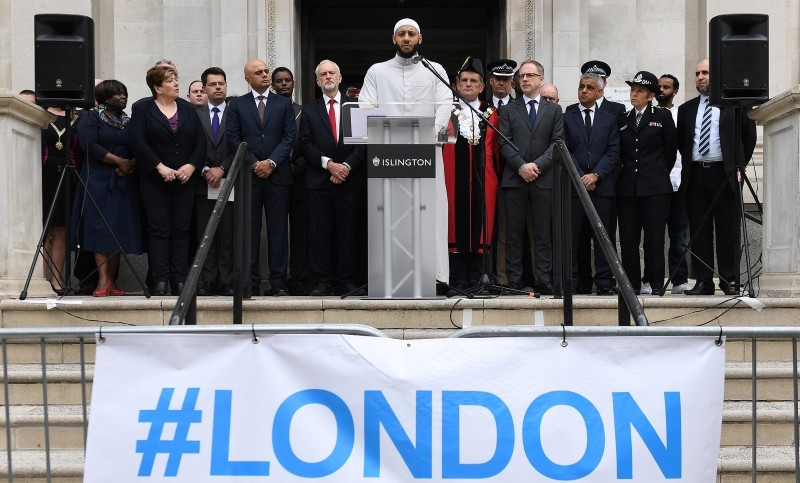 Imam Mohammed Mahmoud, center, speaks during a service to mark the first anniversary of the Finsbury Park terror attack, in London, U.K., June 19, 2018. (EPA Photo)