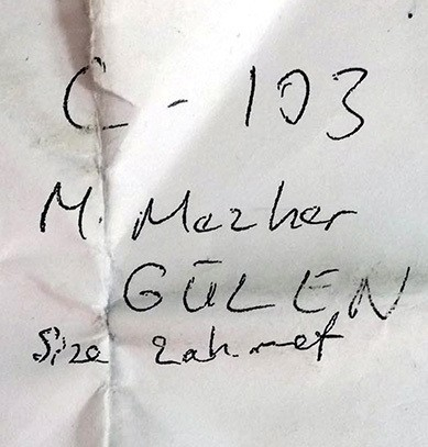 Note shows Gülen's cell number