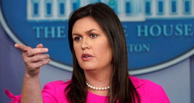 المتحدثة باسم البيت الأبيض سارة ساندرز  (رويترز)