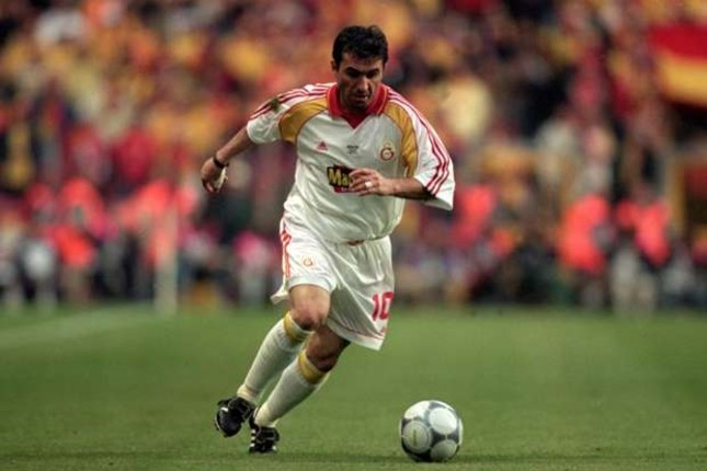 Galatasaray enjoyed major successes, including the UEFA Cup and UEFA Super Cup titles, thanks to the left-footed magician, Georghe Hagi, who signed for the Lions in 1996, following a two-year stint at FC Barcelona.