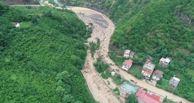 3 killed by floods in Turkey's Trabzon