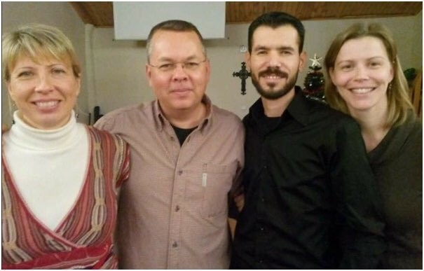 From left to right: Norine Brunson (Brunsonu2019s wife), Andrew Brunson, Mohammad Ahmad and his wife Loes Truffle.