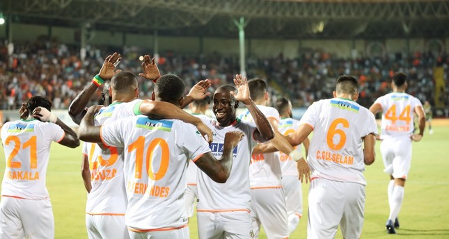 Aytemiz Alanyaspor players celebrate a goal against Fenerbahçe who they defeated 3-1 in a Week Four match,  Sept. 16, 2019.